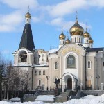 svyatotroickii_hram